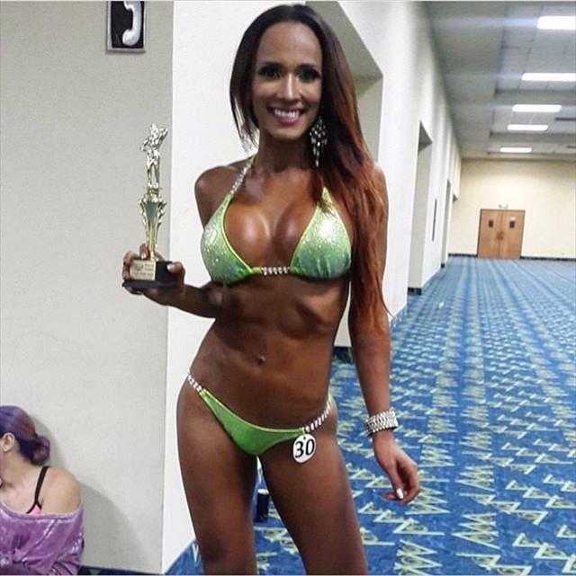 Fitness Model Melissa Piedrahita photos