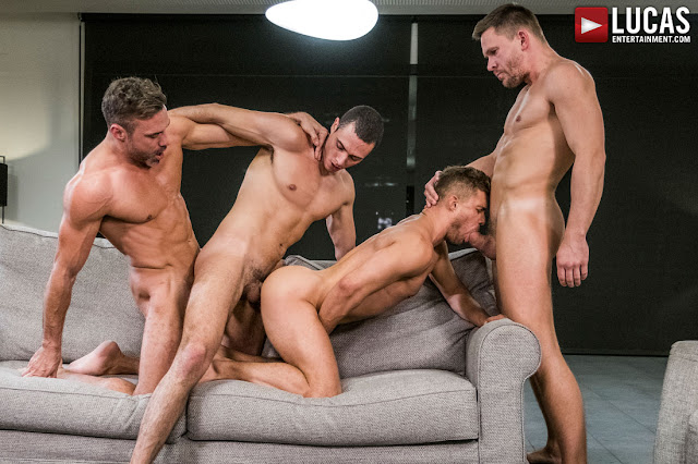 Lucas Entertainment - MANUEL SKYE, ANDREY VIC, JAVI VELARO, KLIM GROMOV | BAREBACK FOUR-WAY