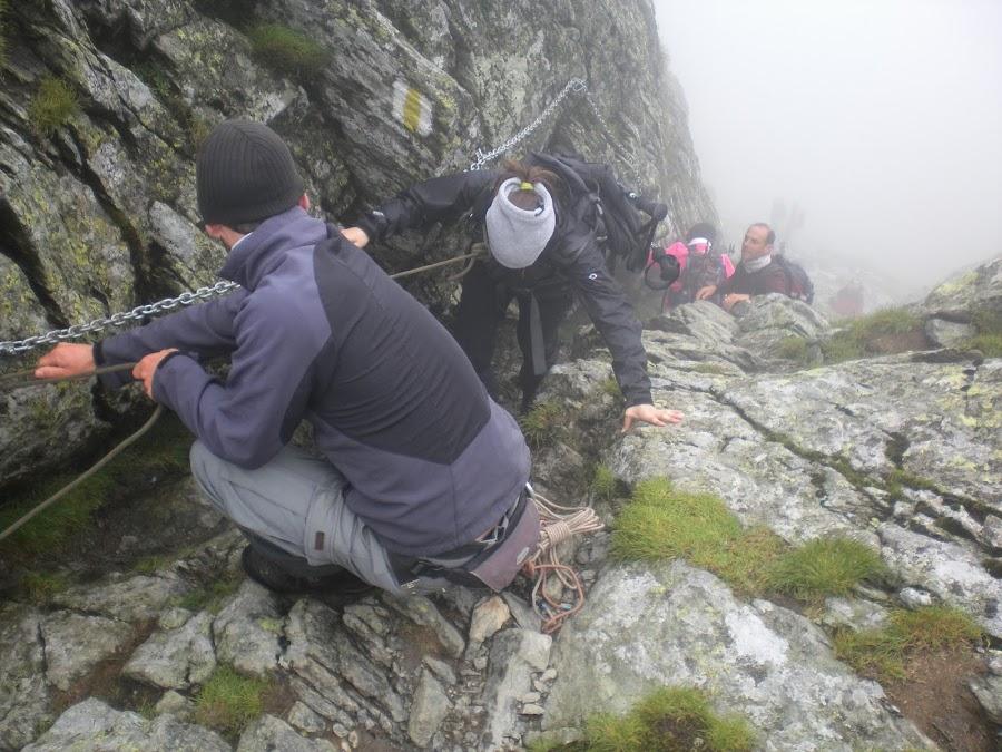 trepadas-en-roca-montañas-fagaras-rumania-enlacima