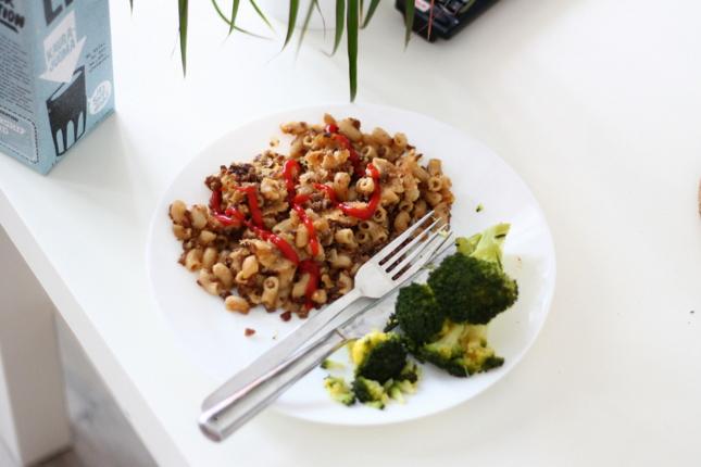 kauramaito soijarouhemakaronilaatikko parsakaali