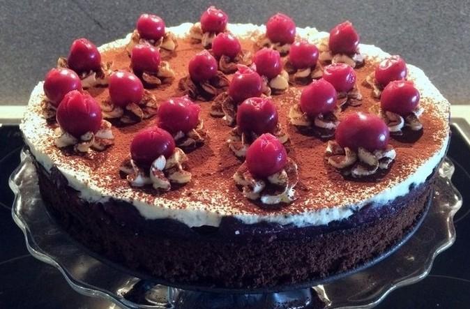 Backen Kochen Geniessen Schoko Kirsch Kuchen Ohne Mehl Und Zucker