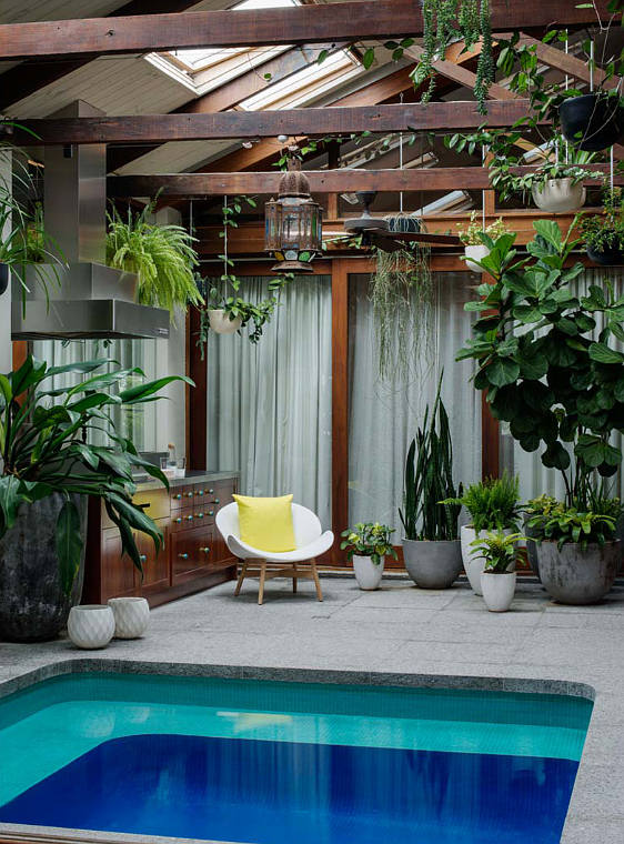 Moon to moon secret garden ultimate indoor pool for Indoor garden pool