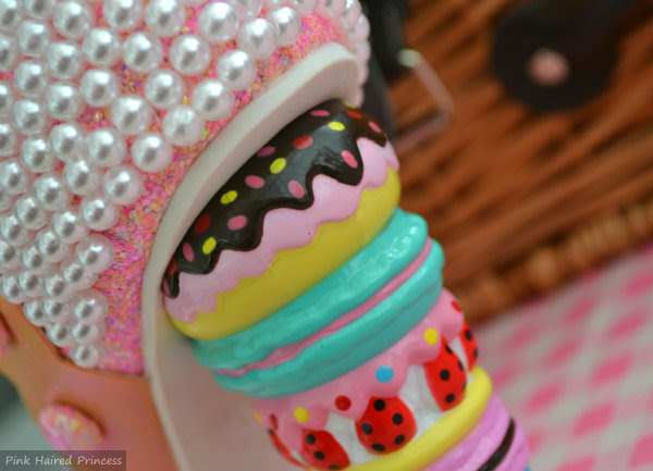 details of doughnut macaron and cake heel on boot