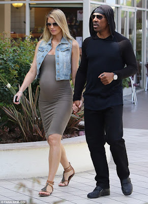 picture of eddie murphy and pregnant girl friend Paige Butcher!
