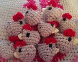 http://translate.googleusercontent.com/translate_c?depth=1&hl=es&rurl=translate.google.es&sl=en&tl=es&u=http://cattycrochet.blogspot.com.es/2014/03/tiny-chickens-pattern.html&usg=ALkJrhh9J_N3GUC8EJ5cb9N4XghQpN3ZGw