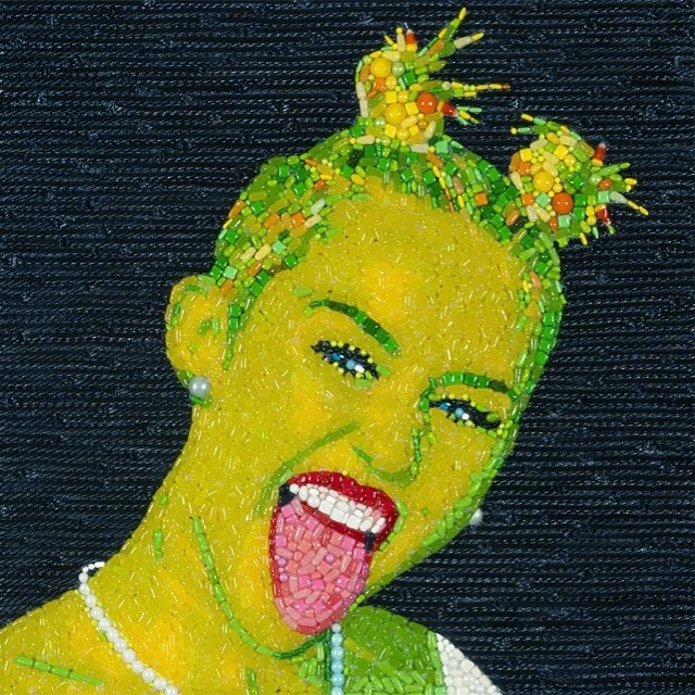 18-Miley-Cyrus-Jason-Mecier-Paintings-or-Sculptures-in-Portrait-Collage-www-designstack-co