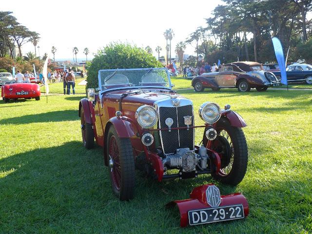 Automóveis antigos