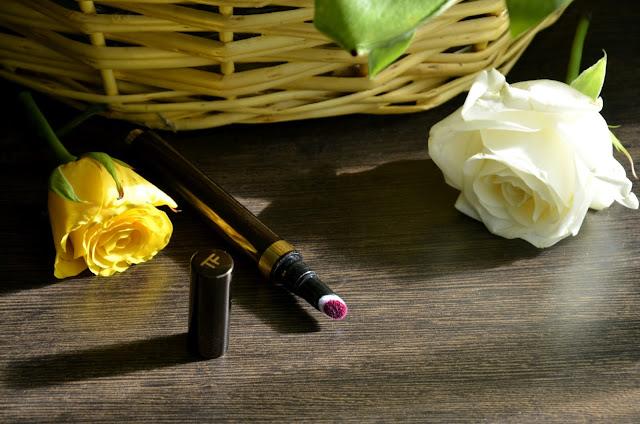 E_katerina: лаковая помада Tom Ford Patent Finish Lip Color #02 Exposed