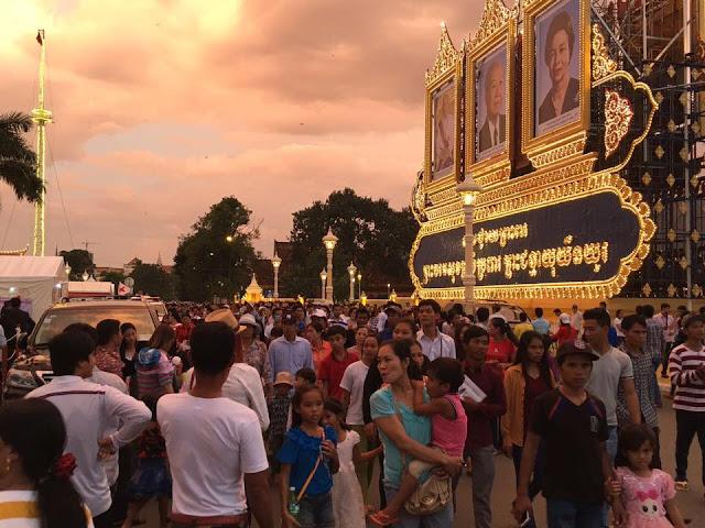 Phnom Penh - Festival des Eaux : Ambiance