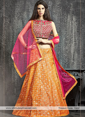 Traditional-indian-bridal-wear-lehenga-designer-collection-2017-7