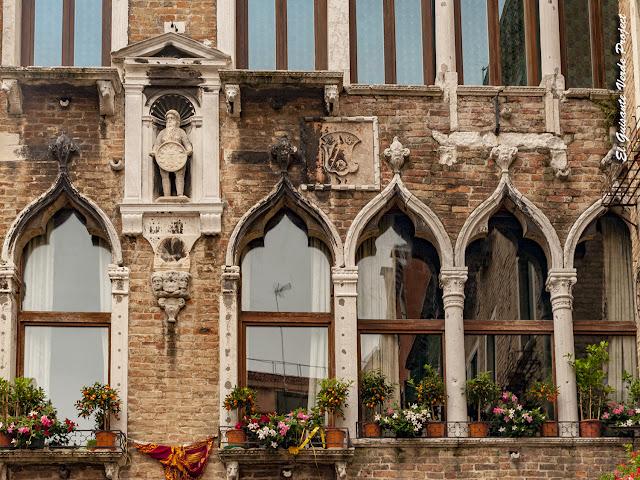 Homo Silvanus del Palazzo Bembo Boldù - Cannaregio, Venecia por El Guisante Verde Project