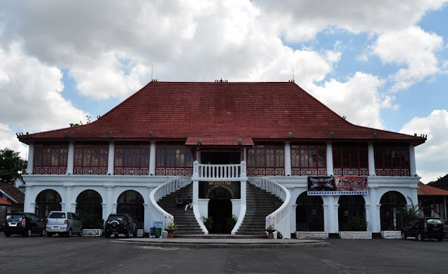 Museum Sultan Mahmud Badaruddin – Palembang