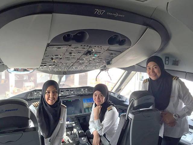 Maskapai Asal Brunai Ini Mengoperasikan Penerbangan dengan Seluruh Awak Pesawat Perempuan