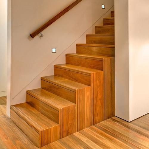 Como Construir uma Escada de Madeira