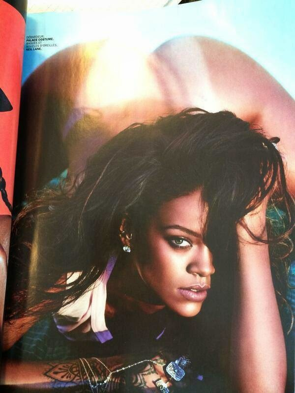 Rihanna Topless hot