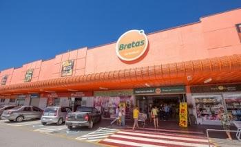 Bretas reinaugura loja em Unaí