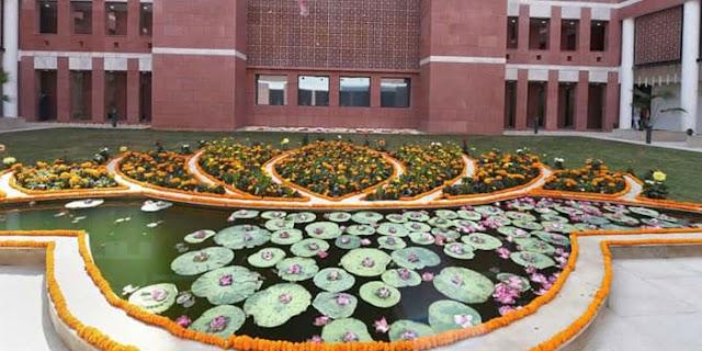 भाजपा: 250 नाम फाइनल, आडवाणी सहित कई वरिष्ठ नेताओं के टिकट कट   NATIONAL NEWS