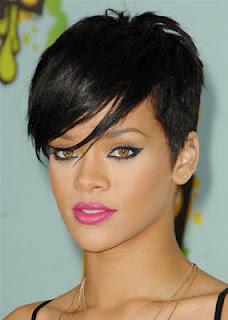 eyeliner Rihanna