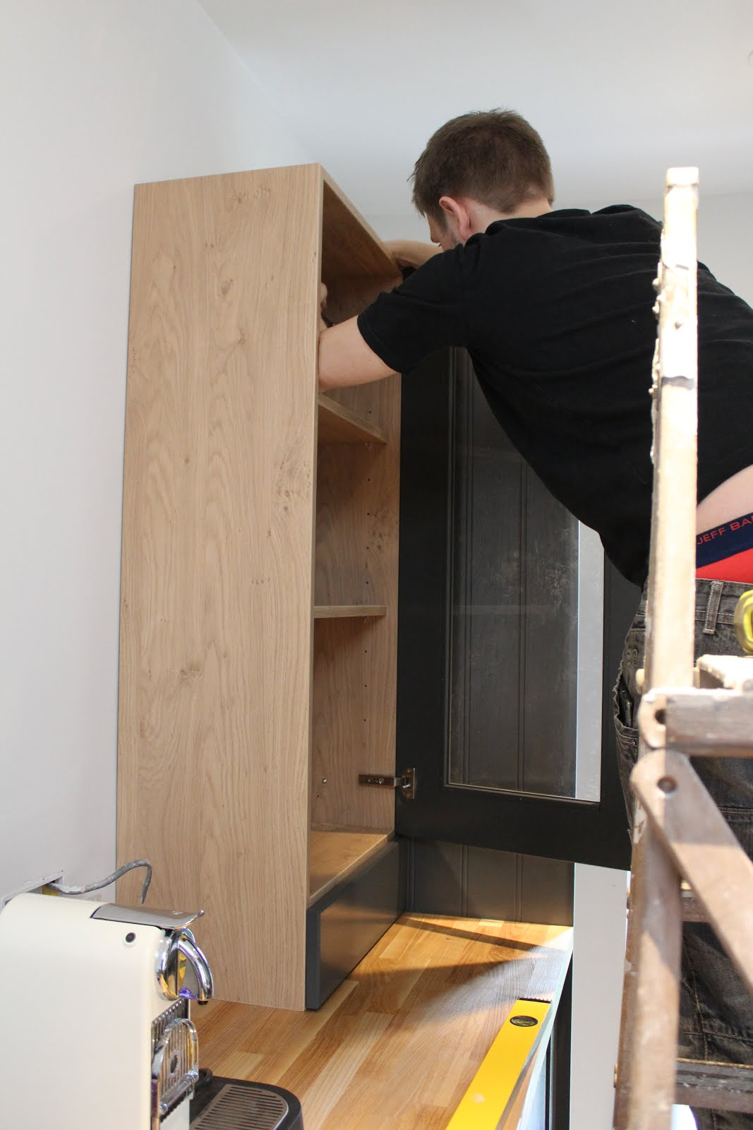 How to fit a wall dresser unit