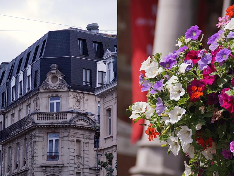 Innenstadt Brüssels mit tollen Fassaden, Häusern, Restaurants und mehr im Sommer