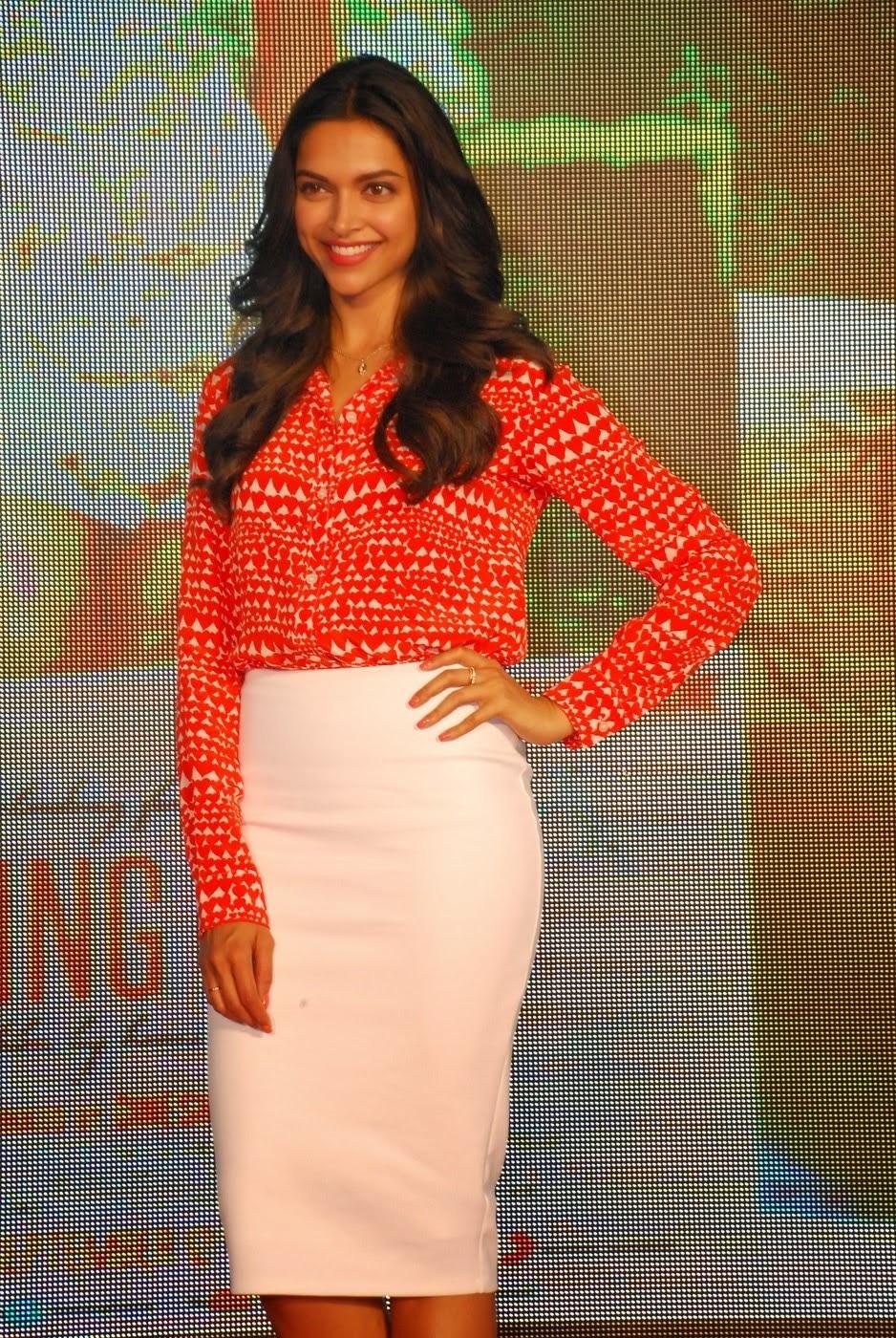 Deepika Padukone Hot Photos In Orange Dress