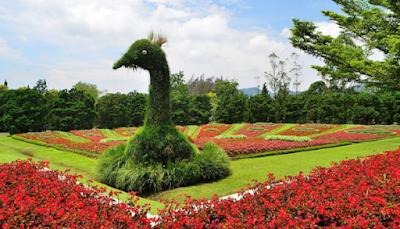 Objek Wisata Taman Bunga Nusantara