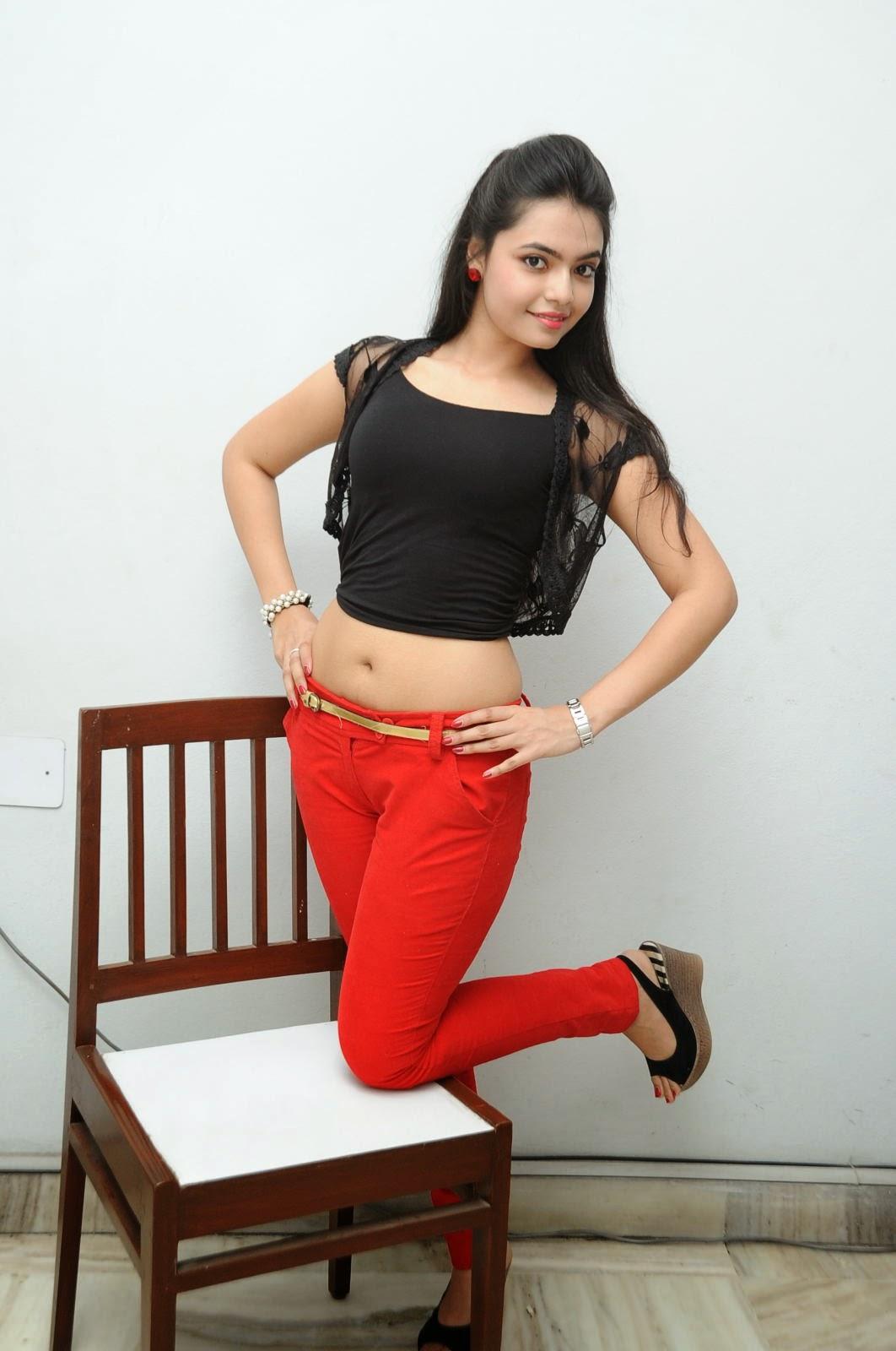 Young Actress Merina Photos at Veerudokkade audio-HQ-Photo-57