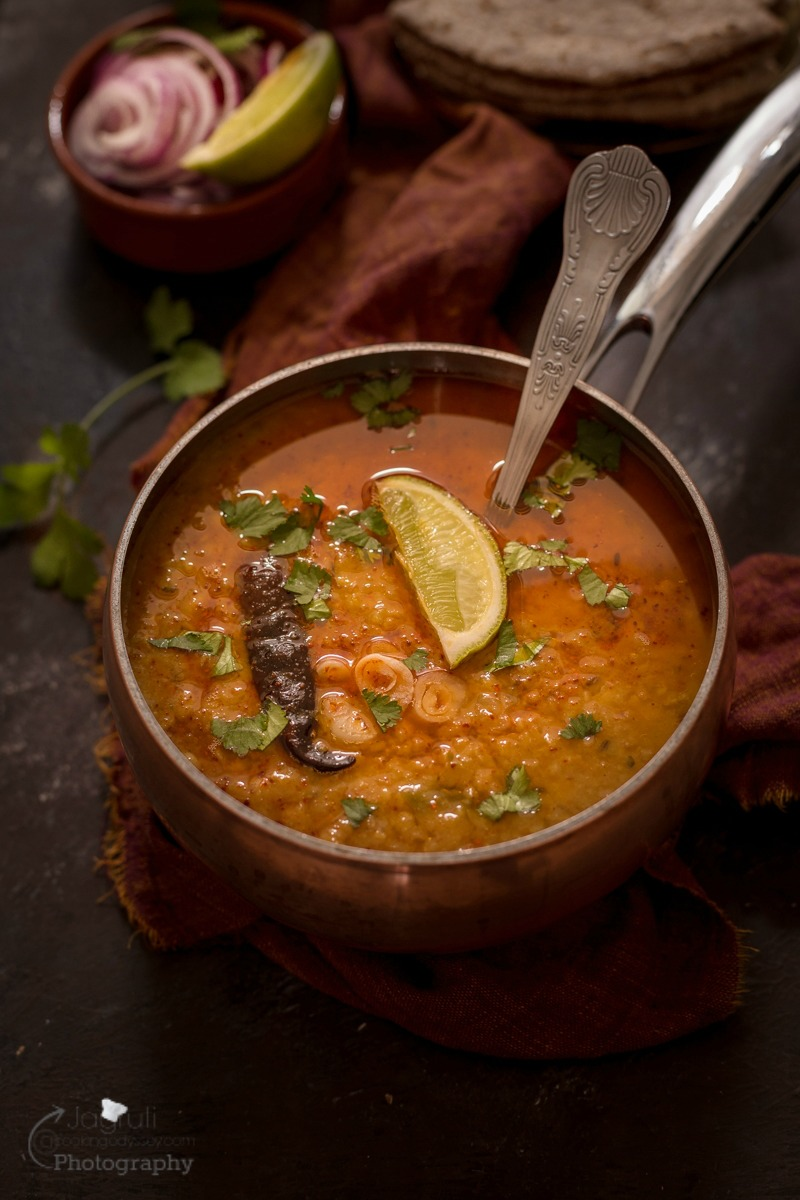 Spicy and flavoursome Dhaba Style Daal fry is very healthy and packed with good ingredients, prepared with lentils and Indian spices and goes well with roti, paratha or hot and steamy jeera rice.