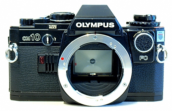 Olympus OM10, Front