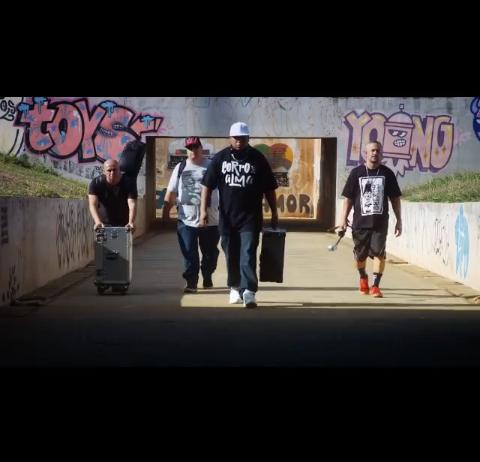 """O grupo F-Dois lança o clipe """"Mundo Controverso"""""""