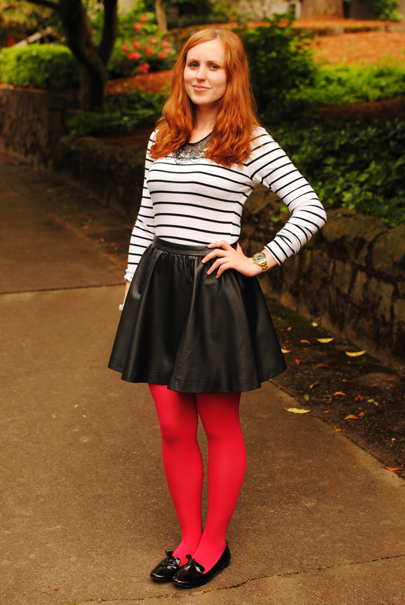 The ultimate red tights inspiration.