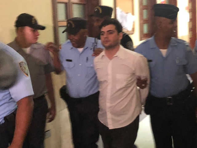 Cámaras de video captaron su última imagen con vida al lado de su expareja, Gabriel Villanueva, quien está siendo acusado de asesinato.