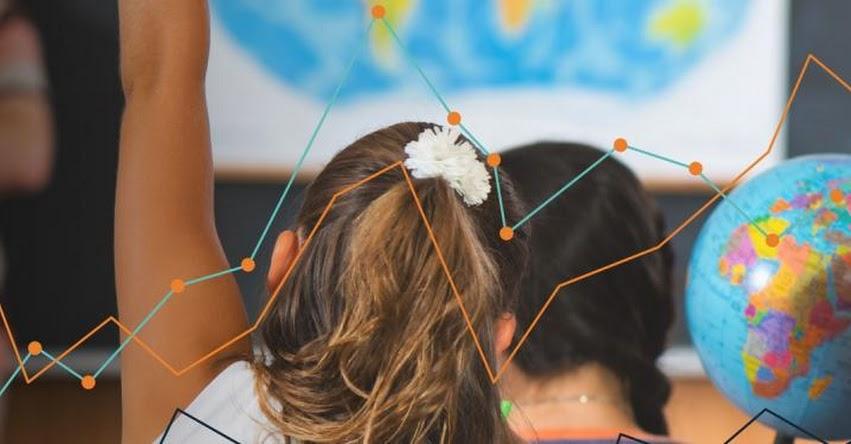 Cómo el análisis y uso de datos mejora la toma de decisiones en educación