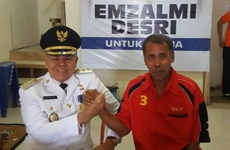 Emzalmi-Desri Ayunda Berpasangan, Loyalis Deje Merapat!