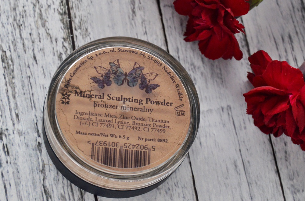 Pixie - bronzer mineralny / Mineral Sculpting Powder