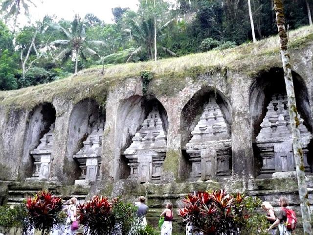 Tumbas Gunung Kawi