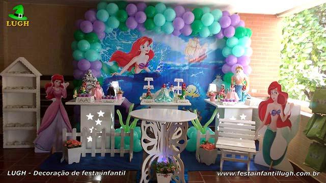 Decoração festa de aniversário infantil A Pequena Sereia - Ariel - Mesa decorativa provençal simples