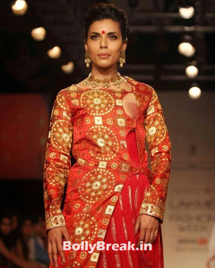 Deepti Gujral, Indian Female Models in Saree - Lakme Fahsion Week Ramp Walk