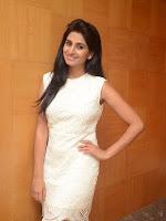 Shamili Souderajan glamorous photos-cover-photo
