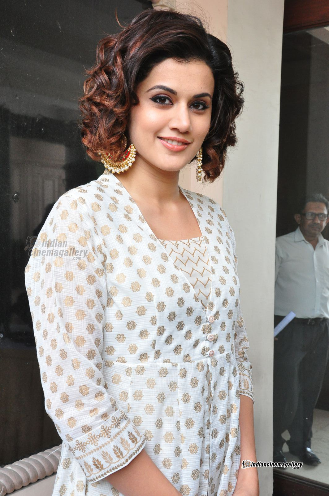 Short haircut for summer: Taapsee Pannu short hairstyles