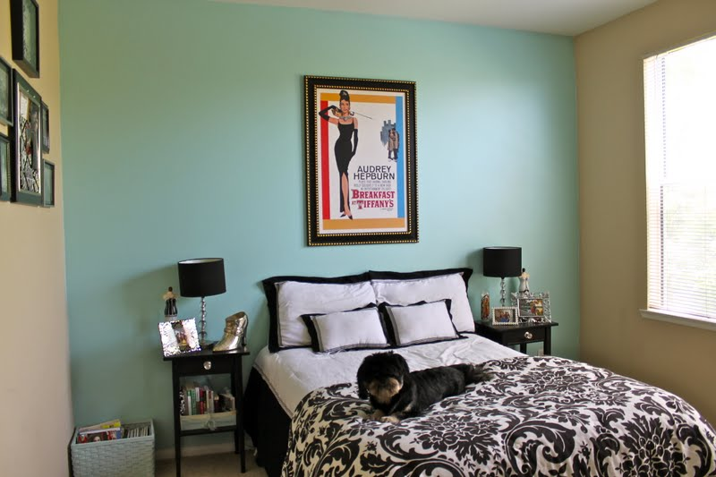 My Bedroom Part 1: Styling Tricks! - Lil bits of Chic