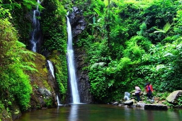 5 Tempat Wisata Air Terjun Di Sekitar Puncak Tempat Wisata