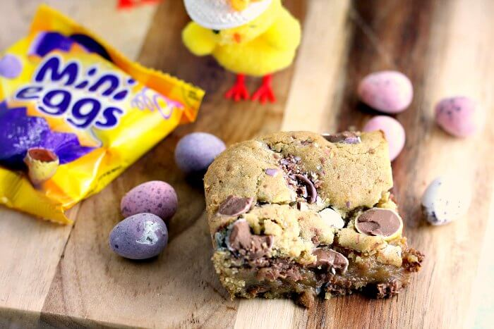 Chewy Chocolate Mini Egg Blondie Bars