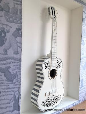 Guitars of Paracho, Michoacán
