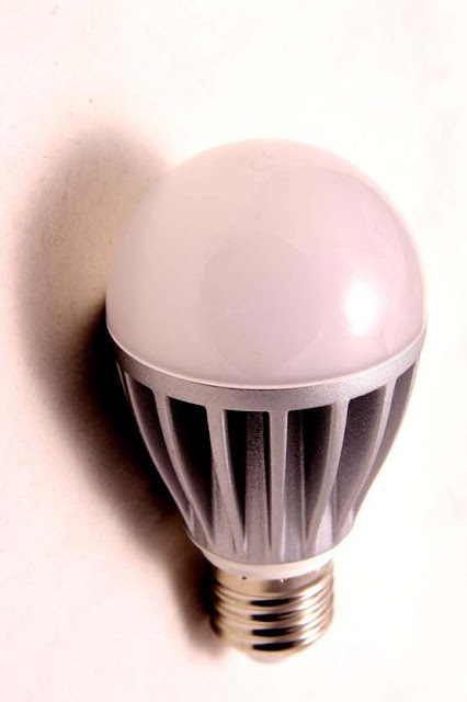 Working of modern Led bulb  with transformer less power supply.