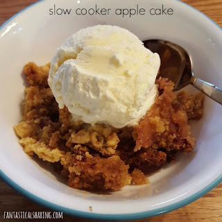 Slow Cooker Apple Cake #dessert #crockpot #slowcooker #cake #autumn #fallrecipes #apples
