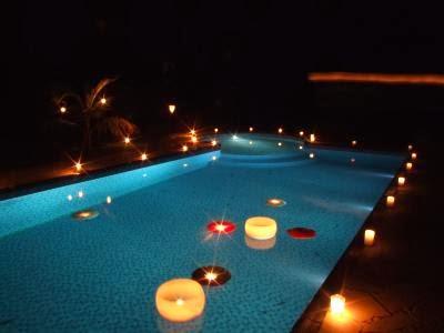 Lar doce ana decorando a piscina no casamento for Velas flotantes piscina