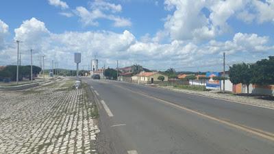 Criança fica ferida após ser atropelada por carro na BR 405, zona rural de José da Penha/RN