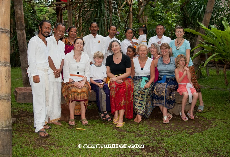 Bali women's retreat - Omunity