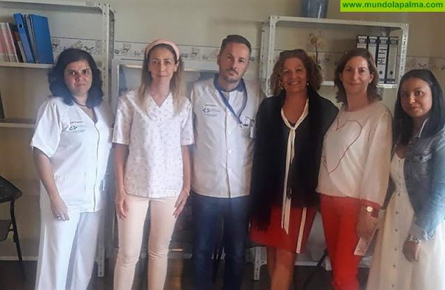 El Hospital General de La Palma acoge talleres de autocuidados para pacientes oncológicos